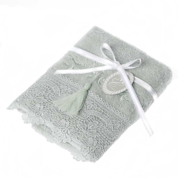 """Boudoir"" guesttowel in limetree green..... We love it!"