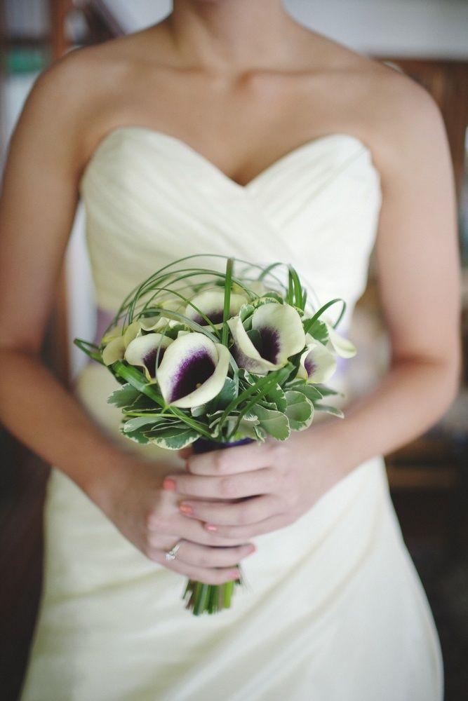 12 best Simple Elegant Bridal Bouquets images on Pinterest