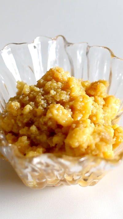 Receita com instruções em vídeo: Essa receita de Ambrosia é maravilhosa!  Ingredientes: 7 ovos inteiros + 5 gemas, 850g de açúcar cristal, 1 litro de leite integral, Suco e raspas de ½ limão, 1 pau de canela, 3 cravos