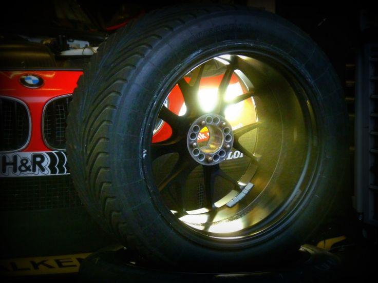 "Runflat – ""Flat Out"" mit Falken  #Ascari #Ascari #Race #Ressort #Falken #falkentires #Reifen #Run Flat #Tyre"