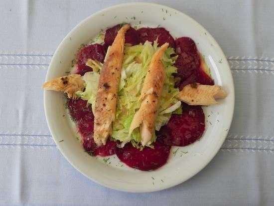 Carpaccio Van Rode Bieten Met Gerookte (beek)forel recept | Smulweb.nl