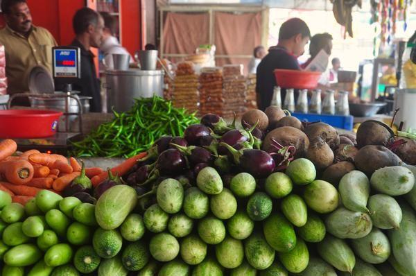 Gemüsestand auf dem Markt in Munnar in Kerala