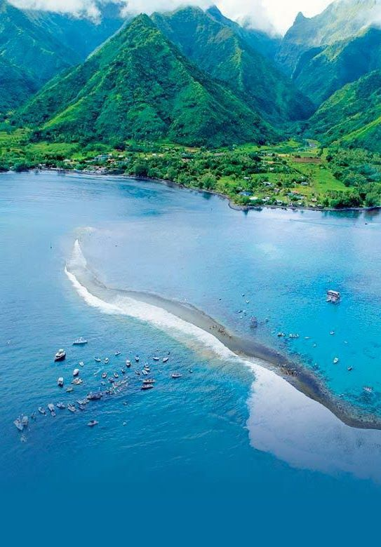 Tahiti , French Polynesia: