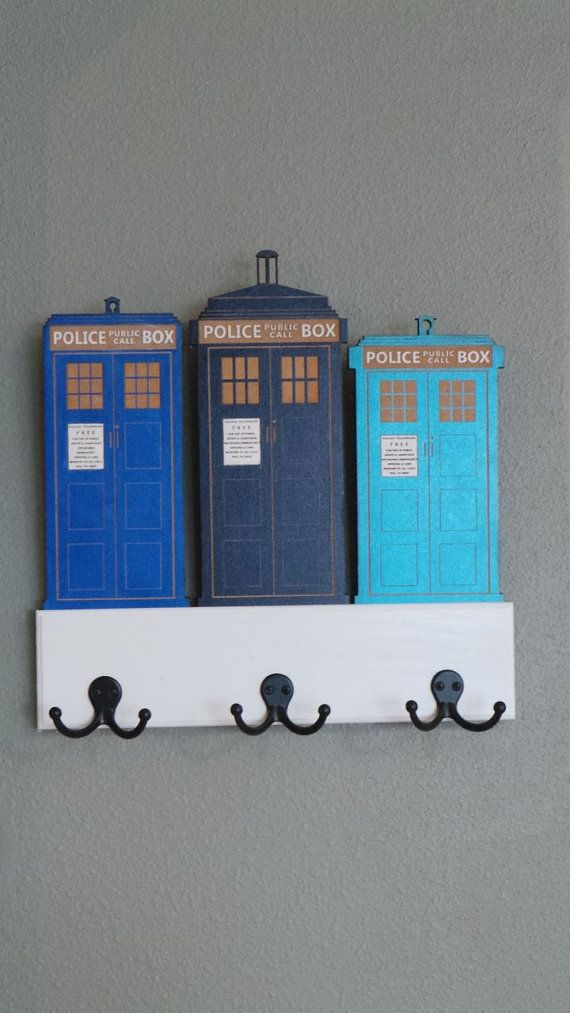 This adorable Key Holder is perfect for any Whovian. It is painted with three shades of blue and sealed to give it a nice shine. The dimensions are