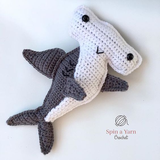 #haken, gratis patroon (Engels), lappenpop, haai, knuffel, speelgoed, #haakpatroon, #crochet, free pattern, ragdoll, shark, stuffed toy