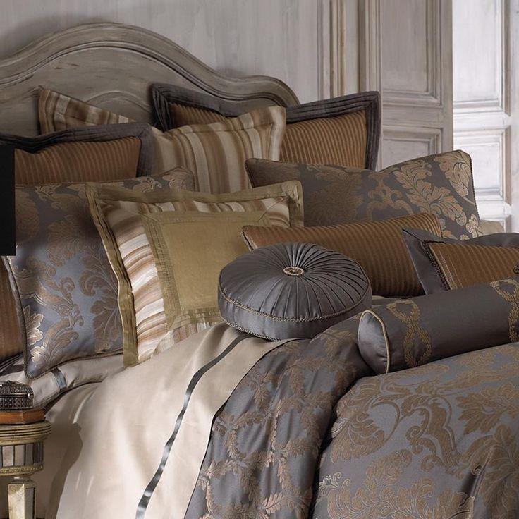 Walton Charcoal/Bronze 4-Piece Comforter Set