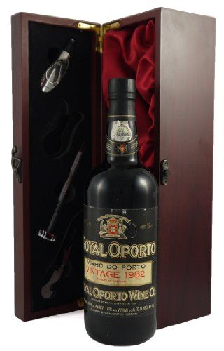 Real Companhia Velha Royal Oporto 1982 vintage port presented in a silk lined wooden box with four wine accessories - Royal Hub