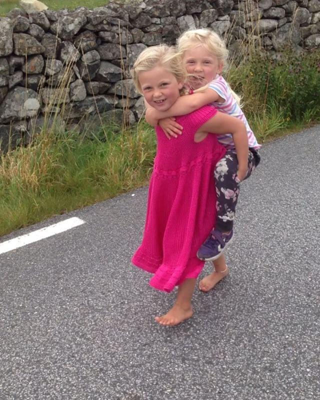 ❤ Ingvild 🎈 skolejente og Siris storesøster ❤ Ingvild 🎈 schoolgirl and Siris big-sister ❤  #instastrikk #instaknit  #strikktilbarn #oneofakind #norwegiandesign #norskdesign #håndlaget #handmade #knit #knitdesign #knitforkids #knitting #strikkedesign #svingekjole #alpakkaull #knitinwool #wool #designstrikk #DIY #medkjærlighetpåpinne #knittinglove #knitaddict #igknit #igstrikk #strikkedilla #knittersofinstagram #premiumknit#medkjærlighetpåpinne #knittinglove #knitaddict #igknit #igstrikk…