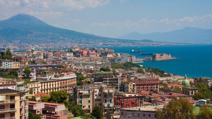#Naples #Citytrip #sud #Italie  Envolez-vous pour un citytrip inoubliable ! Séjournez en appart'hôtel pendant 4 jours au coeur de Naples avec vol aller-retour au départ de Paris Orly ou de Nice ! Transferts, bagage en soute et visite guidée à vélo sont en option !  http://travelbird.fr/25585/case-casi-naples-italie/