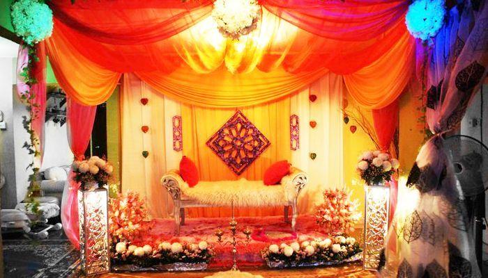 Colourful Malay Wedding Dais Wedding Kahwin Colourful Dais Kahwin Malay Wedding Malay Wedding Wedding Gown Accessories Wedding Planner App