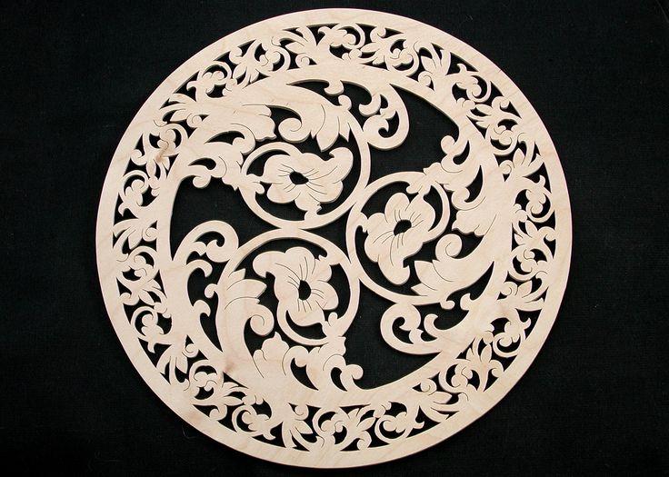 "коллекция 2013г: декоративная тарелка ""Анютки"". материал-дерево. диаметр 25,0"