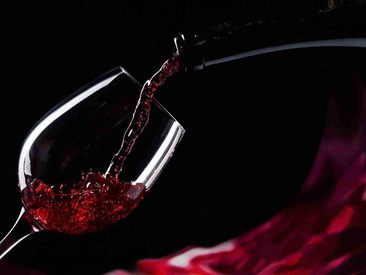 Vin rouge, sexy, rond et gras