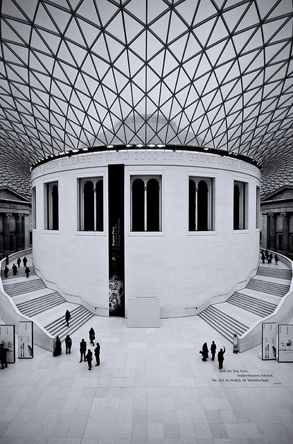 British Museum atrium: foster & partners  : photo by David Henderson