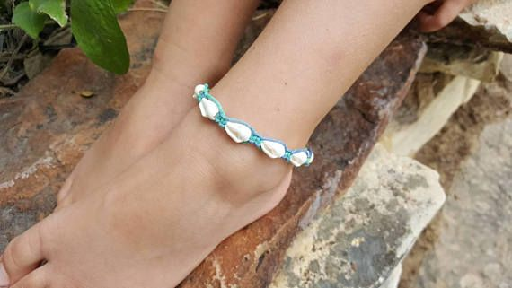 Check out this item in my Etsy shop https://www.etsy.com/listing/542092107/kids-hemp-anklet-trumpet-shells-hemp