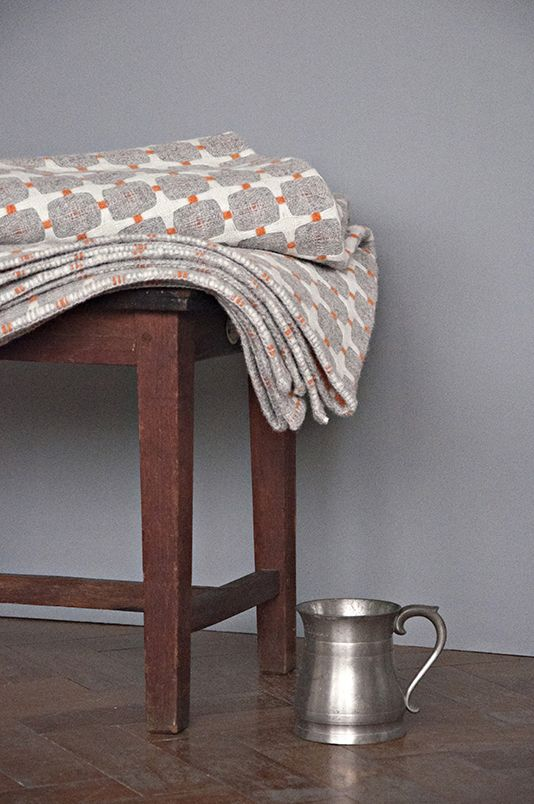 Eleanor Pritchard woven wool blankets... WANT!!