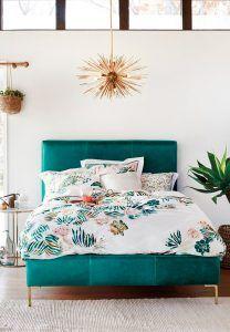 Turquoise-velvet-bed