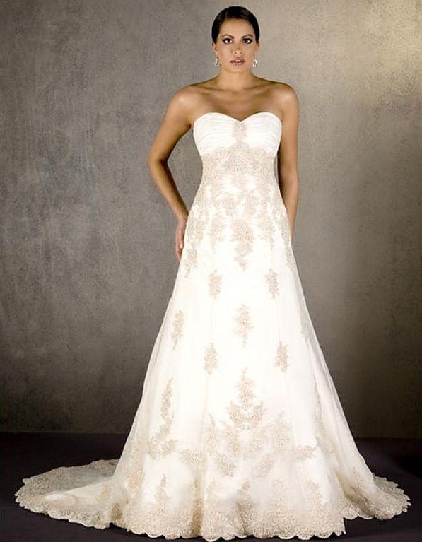 emerald bridal wedding dress ivory pre owned designer wedding gown