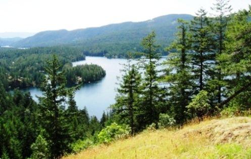 Ruby Lake Klein Lake Traverse Hiking Trail