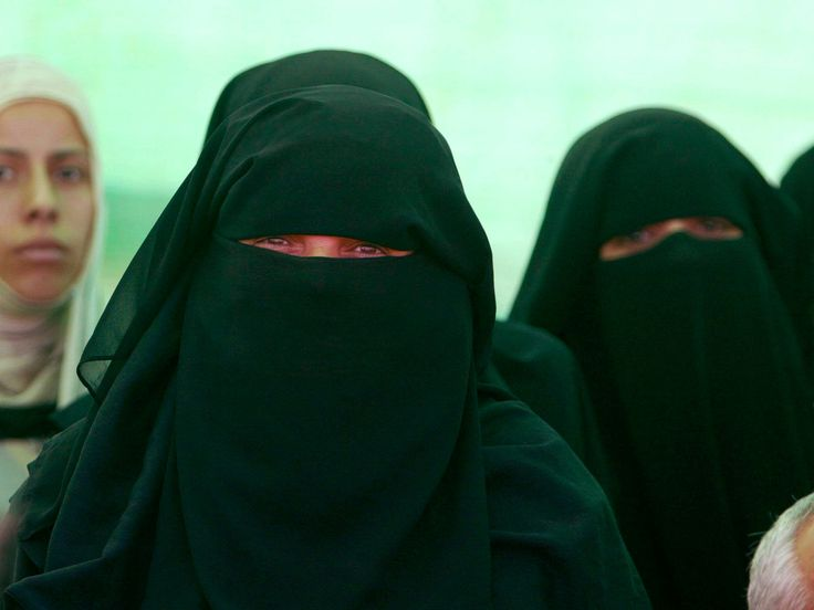 Dutch politicians are debating a ban on the Muslim face veil