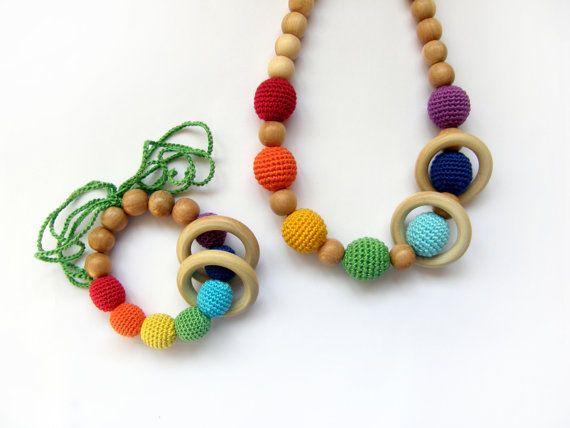 Set of rainbow nursing necklace and bracelet - Teething necklace - Breastfeeding Necklace - For Babywearing Moms