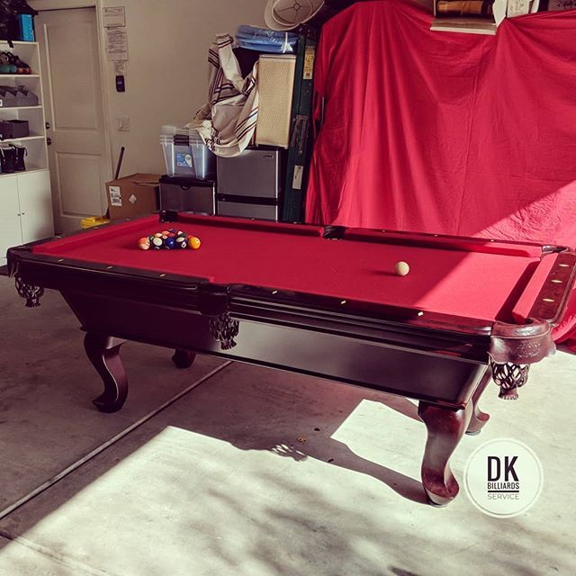 7 Foot Abc Tiburon Pool Table In Irvine I Moved It From Fountain Valley Burgundy Cloth Billiards Dkbilliards Playpool Man Play Pool Pool Table Billiards
