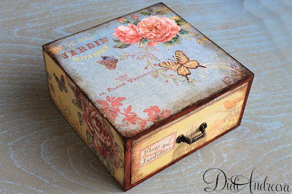 Cajón de joyería de madera, cajón de decoupage, rose Cottage Chic shabby chic cajón, levantó mal cajón, envejecido artificialmente, hechos a mano, retro