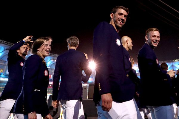 Michael Phelps Photos Photos - Michael Phelps of the United States enters the stadium during the Opening Ceremony of the Rio 2016 Olympic Games at Maracana Stadium on August 5, 2016 in Rio de Janeiro, Brazil. - Opening Ceremony 2016 Olympic Games - Olympics: Day 0