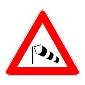 Dall'ufficio stampa del Comune di Chiavari riceviamo e pubblichiamo Si comunica che, a causa del protrarsi del forte vento di burrasca, nella giornata odierna (mercoledì 18 gennaio): – E' sospesa q…