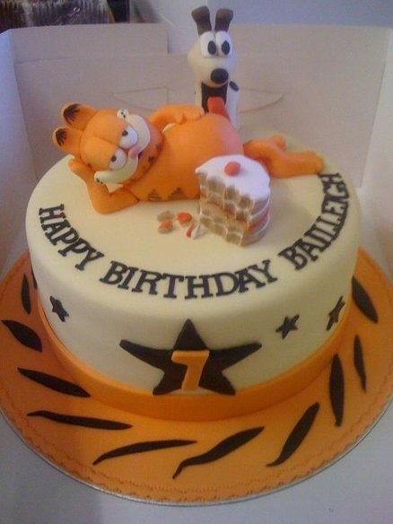 Garfield & Odie - by Amber Catering and Cakes @ CakesDecor.com - cake decorating website