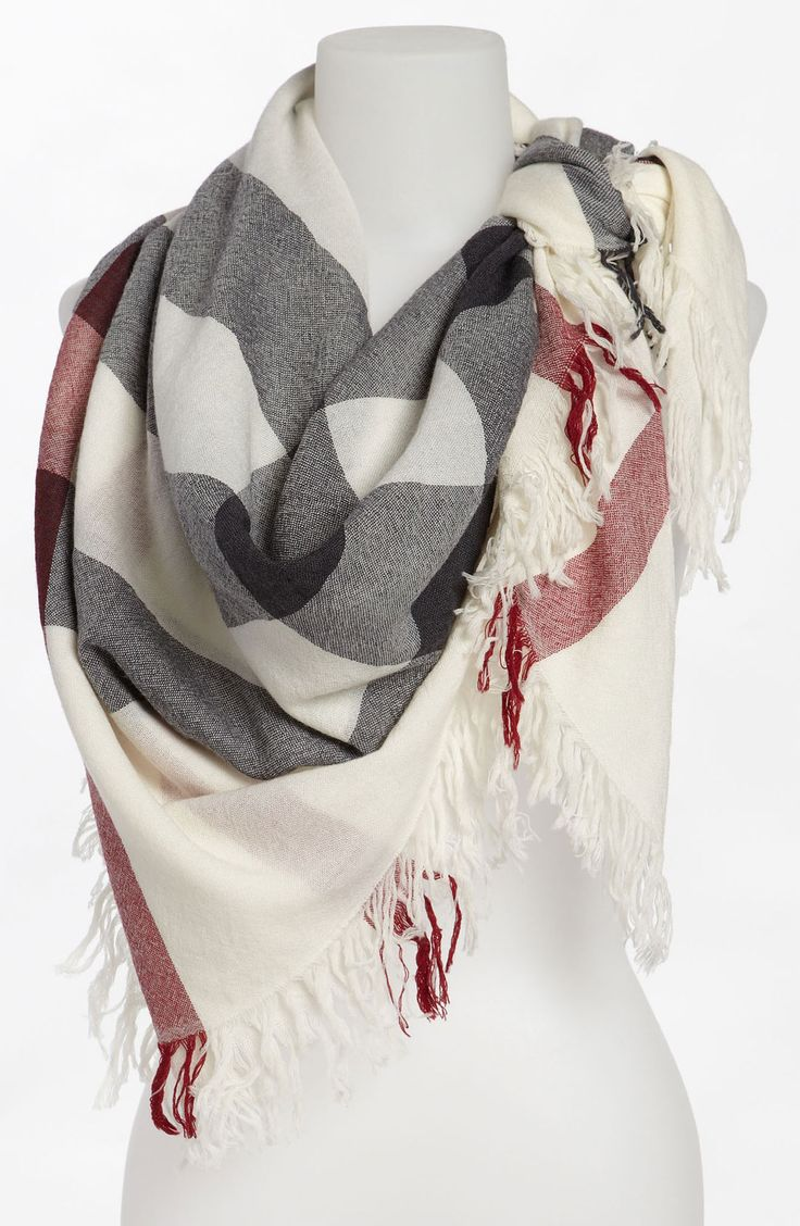 Burberry Check Merino Wool Scarf in Ivory Check