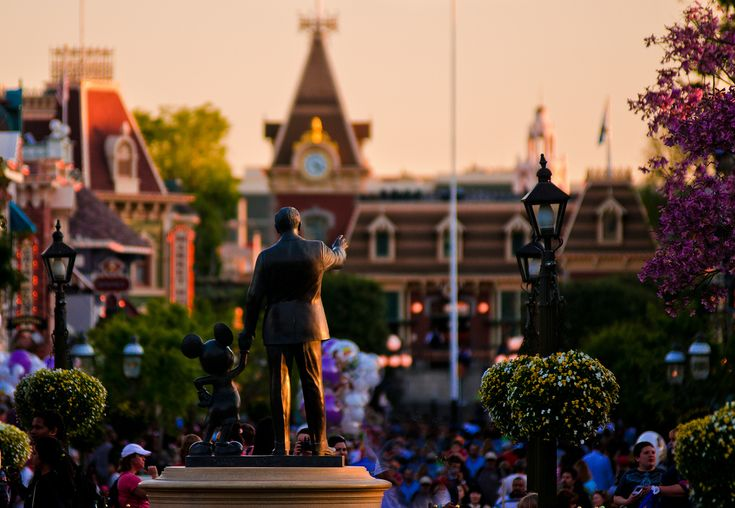 """fckyeahdisneyworld: """" Partners Statue, Main Street USA, Disneyland """""""