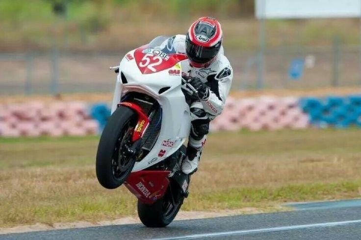 Nick waters Australian superbikes QBE honda arai helmets alpine stars gas honda moto GP road racing