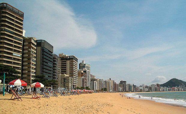 A Praia de Itaparica, Vila Velha (ES)
