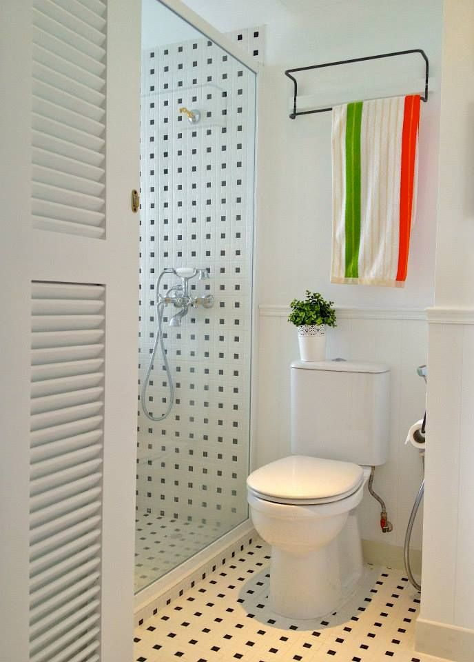 Pd door ideas and shower screen frames can be black for Bathroom ideas singapore