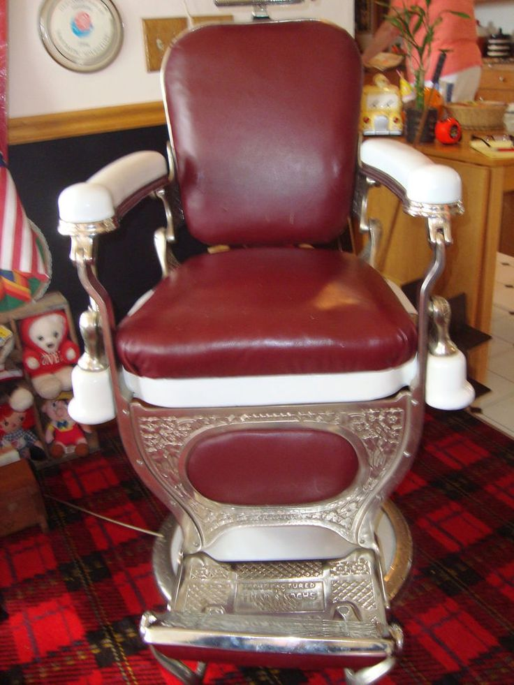 Theo A Kochs Barber Chair Excellent Condition Needs Cover For Head Rest