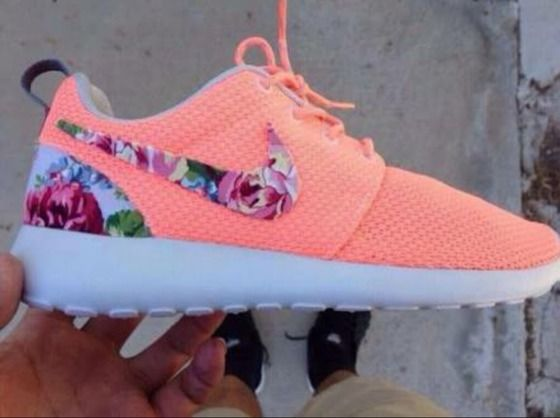 cheap for discount 2a4ad 1ca2d shoes,nike roshe run,nike,floral,nike sneakers,nike running shoes,pink ,coral,neon,peach,hipster,pink with floral pattern,floral shoes,in  love,shorts ...