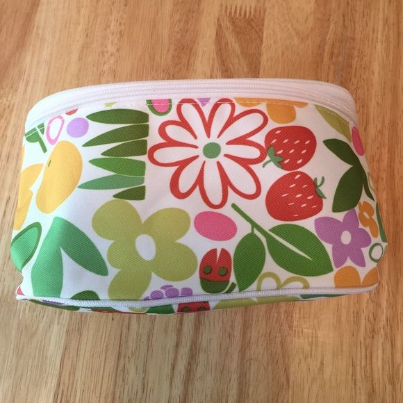Clinique make up bag Cute make up bag by Clinique, new condition Clinique Accessories