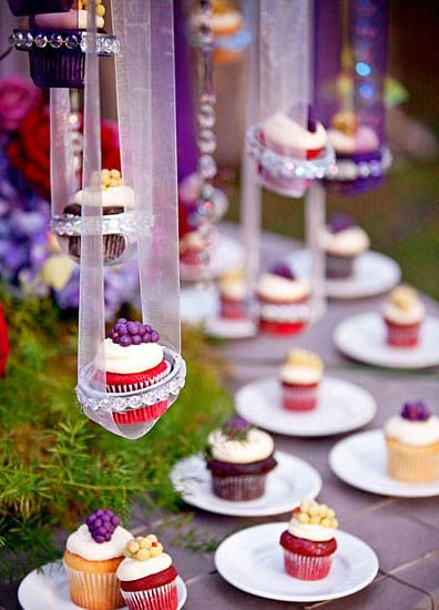 Another shot of the suspended cupcakes.    From: http://www.bellethemagazine.com/2011/07/suspended-cupcakes.html: Cup Cakes, Cupcake Tree, Sweet, Hanging Cupcakes, Wedding Ideas, Weddings, Trees, Party Ideas