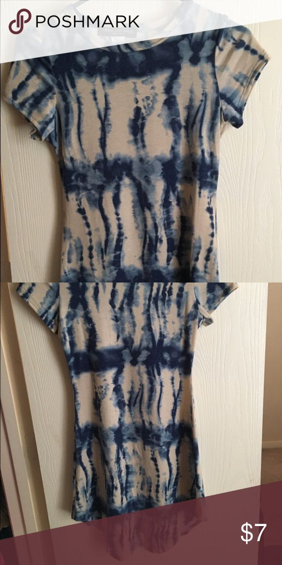 Blue and white bodycon dress (never worn) Never worn, a bit short for my comfort lol Dresses Mini