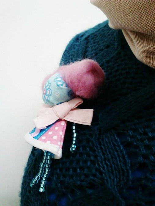 maramanufaktura / brošňa mini MARA cukrová vata /rožovo-tyrkysová/