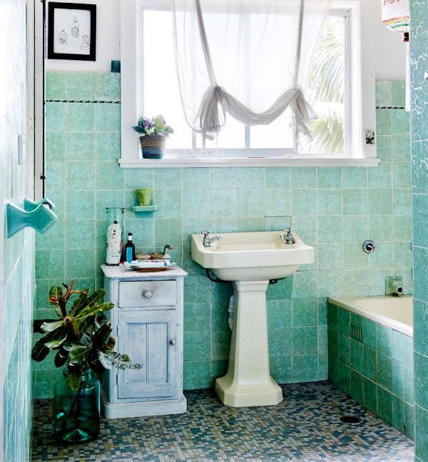 1000 Ideas About Mint Green Bathrooms On Pinterest Green Bathrooms Green