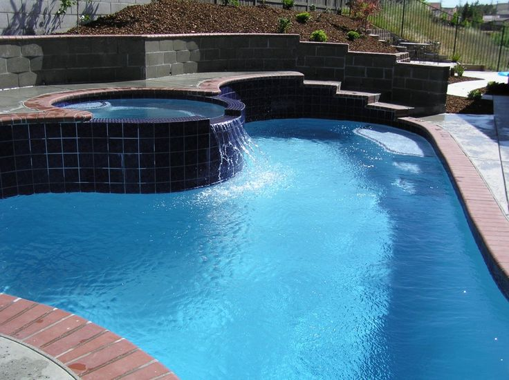 swimming pool Nice Shape Swimming Pool And Jacuzzi At The Backyard How to Determine the Great Pool Builders