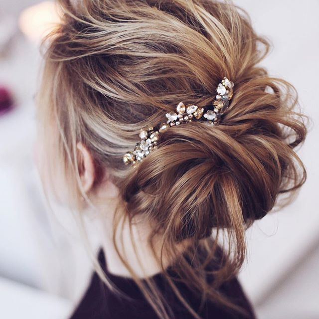 Best 25+ Casual wedding hair ideas on Pinterest | Casual ...