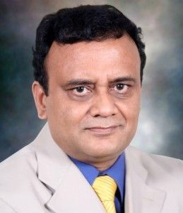Dr. A.K. Venkatachalam, MS (Orth), DNB (Orth), FRCS (UK), MCh. (Orth) (Liverpool), consultant Orthopedic surgeon trained in the UK & Belgium. He has performed over 3,000 knee arthroscopies including ACL reconstruction & over 1,500 knee replacement surgeries. #bestdoctor #bestsurgeon