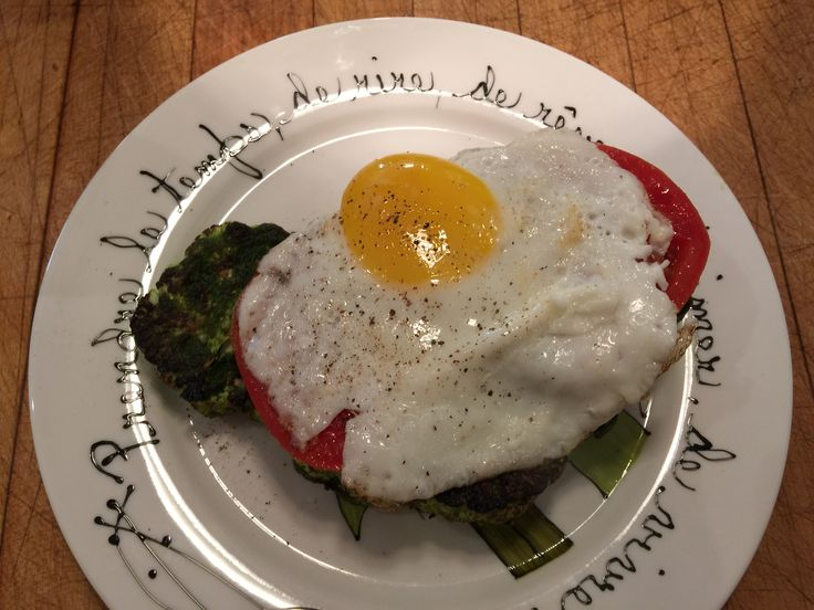 A wonderful and healthy egg stack with roasted pesto cauliflower
