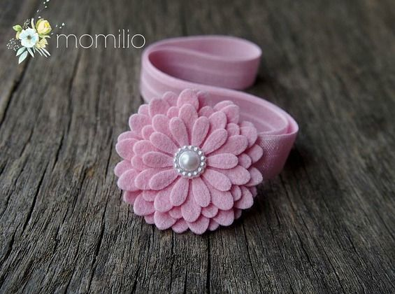 Różowy z perełką opaska do włosów