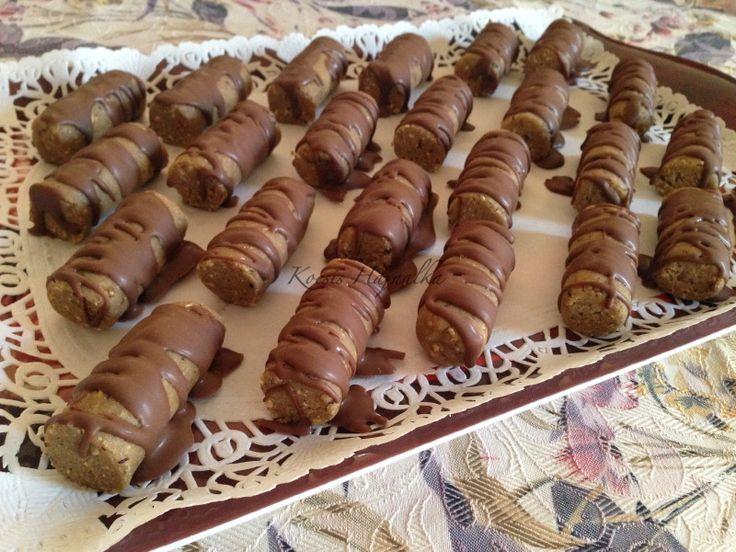 Egyszerű, sütés nélkül készíthető finom édesség. Elronthatatlan, akár kezdőknek is ajánlom! Recept fázisfotókkal, Kocsis Hajnalka receptje