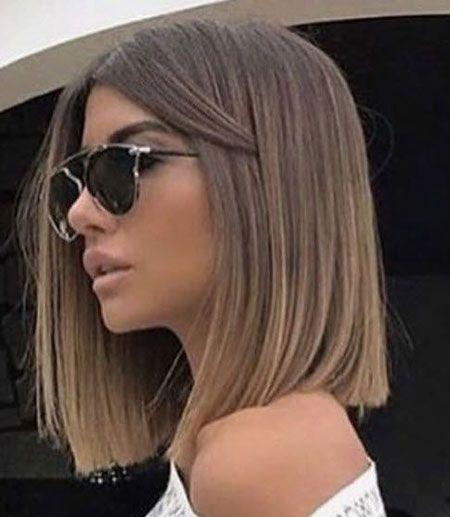 Cheveux raides jusqu'aux épaules 2018
