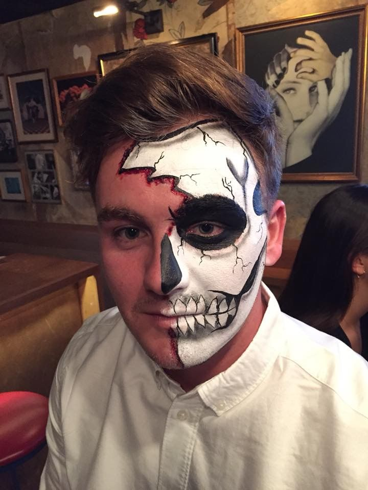 Halloween Makeup Looks For Guys.Half Skull Makeup Male Halloween Makeup Male Facepaint Male