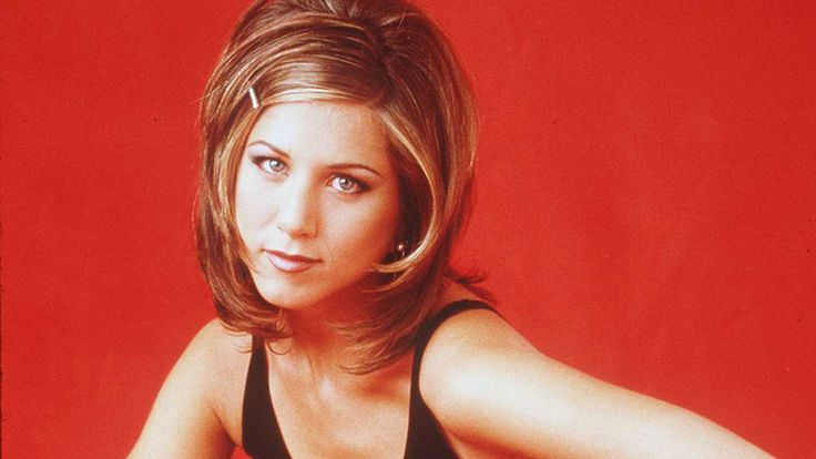15 Rachel Green Fashion Moments You Forgot You Were Obsessed: People thought her hair was the best thing about her, but all of those people are dead wrong. Her clothes are. All hail the late '90s layering of Rachel Green.